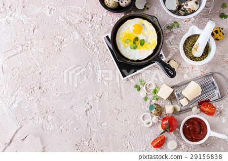 Breakfast with fried quail eggs 29156838