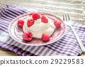 cream, dessert, fresh 29229583