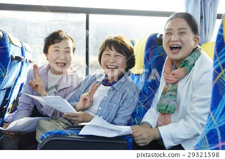 巴士旅遊巴士女 29321598