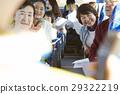 乘公交旅行 微笑 笑脸 29322219