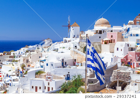 Windmill of Oia village, Santorini island, Greece 29337241