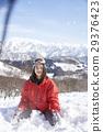 滑雪胜地女性肖像 29376423