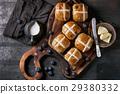 Hot cross buns 29380332