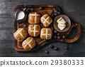 Hot cross buns 29380333