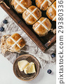 Hot cross buns 29380336