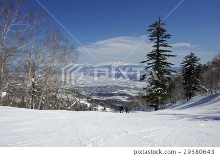 富良野滑雪勝地全景路線Masuzuyama山脈從頂部 29380643
