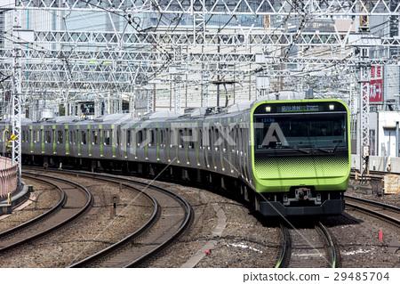 JR東山手線E235系列 29485704