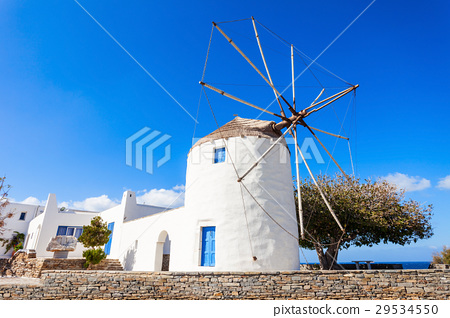 Wndmill in Parikia, Paros 29534550