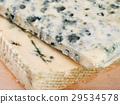 Blue cheese 29534578