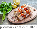 Chicken skewers with cherry tomatoes 29601073