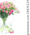 Bouquet of small pink roses 29635224