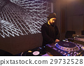 男DJ 29732528