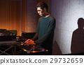 男DJ 29732659