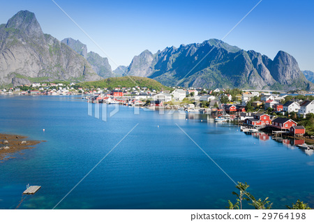 Scenic town of Reine on Lofoten islands in Norway 29764198