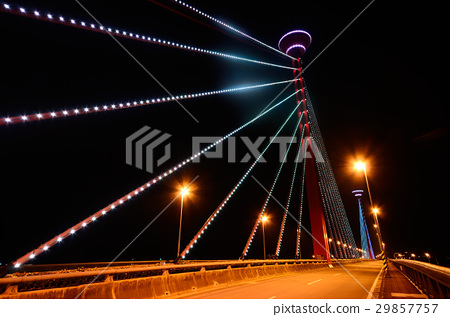 一座橋 29857757