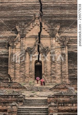 Buddhist novice at Mingun Pahtodawgyi 29977638