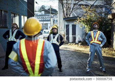 건설 현장 조례 체조를하는 작업자 30008750