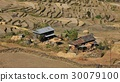 Farmhouse and rice terraces 30079100