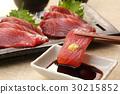 Skipjack sashimi 30215852