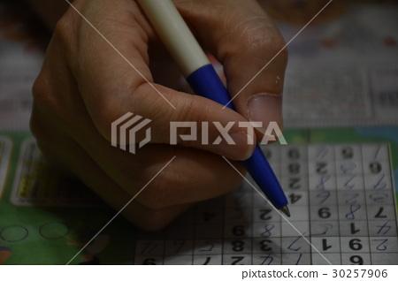 遊戲,智力,訓練,數字,數獨,智慧,邏輯,手,專心,腦力,專注,思考,靜,靜心,修煉,學習,握筆 30257906