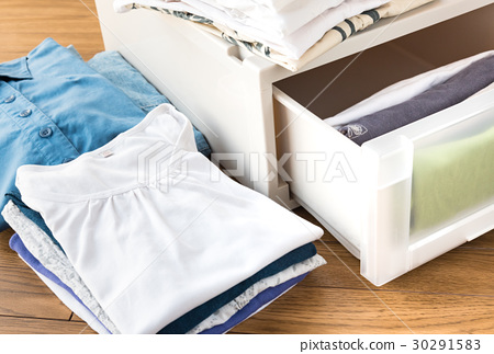 清理衣服存放组织分类 30291583