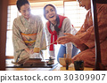 Foreign tourists visiting the tea ceremony 30309907