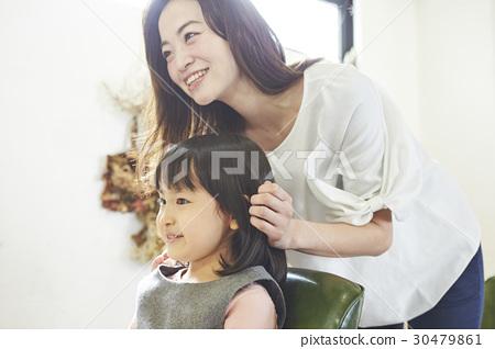 美髮師的一個孩子 30479861