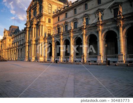 루브르박물관,파리,프랑스 30483773