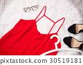 fashion wardrobe woman 30519181