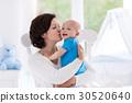 baby, mother, bedroom 30520640