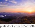 하코네 연산에서 떠오르는 태양 30526996
