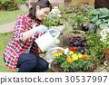 gardening, female, females 30537997
