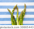 Italian asparagus on table cloth 30665443