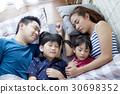 孩子 家庭 家族 30698352