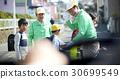 高級志願者學校道路的安全援助 30699549