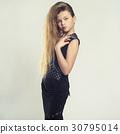 Little girl-model 30795014