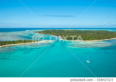 Aerial view of Sainte Marie island, Madagascar 30842523