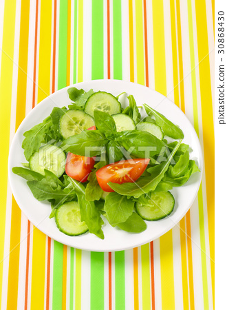Rocket and cucumber salad 30868430