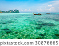 A crystal clear turquoise sea in Phi Phi island 30876665