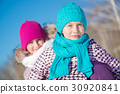 Winter activity 30920841