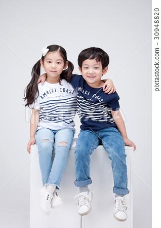 Children 143 30948820