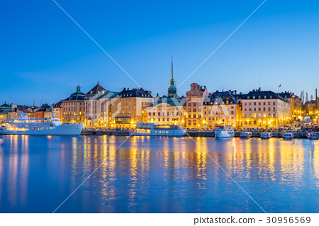 Gamla Stan at night in Stockholm city, Sweden 30956569