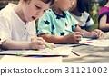 Group of kindergarten kids friends drawing art class outdoors 31121002