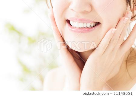 ทันตกรรมความงามการดูแลช่องปากไวท์เทนนิ่งหญิงความงามการดูแลผิวหญิงสาวงาม 31148651