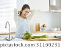 一位家庭主婦做飯 31160231