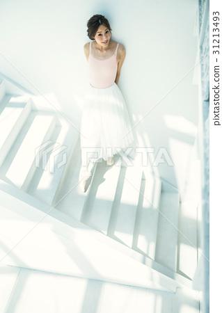 芭蕾舞女演員 31213493