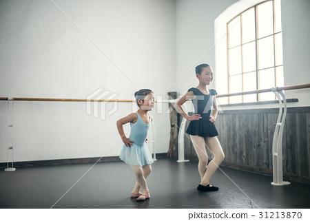 芭蕾課堂兒童 31213870