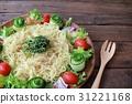 국수, 점심, 샐러드 31221168