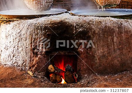 Big stove wood for salt 31237807