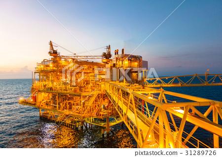Offshore construction platform for production  31289726